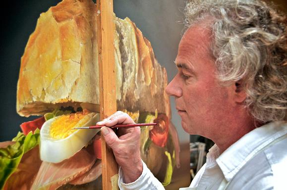 photo-realistic-painter